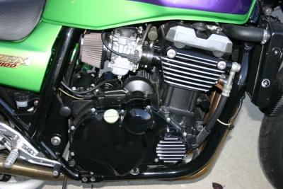 Kawasaki ZR1100C ZRX1100 99 Right Side Motor